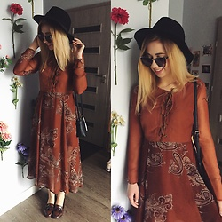 Matylda - H&M Hat - Boho maxi dress