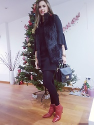 Marcela Perez - Zara Boots, Bershka Coat, Bershka Dress, Steve Madden Bag - Chrismas look