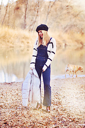 Martha Lozano - Zara Beret, Zaful Knit, Zaful Coat, Krack Booties - No me vendas la moto
