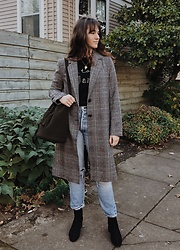 Tonya S. - Forever 21 Plaid Coat, Shopbop Bella Freud Sweater, Levis 501, & Other Stories Black Boots, Building Block Bucket Bag - Plaid Coat Look