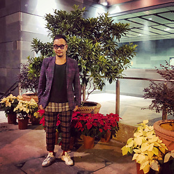 Mannix Lo - Junya Watanabe Plaid Blazer, Cotton On Plaid Patchwork Tee, Uniqlo Plaid Pants, Adidas Stan Smith Sneakers - Merry Christmas 2017