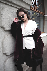 Anna Puzova - H&M Blazer, Light In The Box Pants, Stuudio Nahk Bag, Rosegal Shades - PURPLE FUR