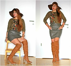 Kintan T -  - LEATHER LOOK - KHAKI GREEN MINI SKIRT