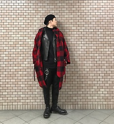 ★masaki★ - Newyorkhat Beret, Ch. Oversized Plaid Coat, Ch. Leather Jacket, Ch. Cropped Pants, Dr. Martens 3hole - This is my style