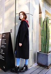Lina Lee - Slash Dash Woollen Coat, Topshop Skinny Jeggins, Bershka Punk Boots - Hurry Potter