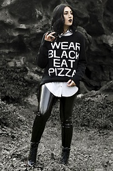 Ellone Andreea - Killstar Black Knit, H&M Vinyl Pants, Bershka Vinyl Booties, Rosary - Wear Black🌙 Eat Pizza