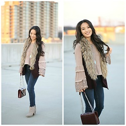 Kimberly Kong - Faux Fur Vest 5/48, Aeropostale Skinny Jeans - To Fringe or Not To Fringe, That is the Question