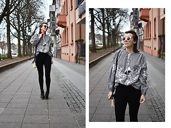 Monique K.... - Zara Blouse, Zara Leggings, Giant Vintage Sunglasses - #1