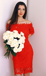 Ann Grigorieva -  - Cream roses & red dress