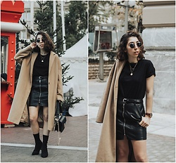 Theoni Argyropoulou - Leather Skirt, H&M Belt, H&M Necklace, Zaful Sock Boots, Stradivarius Camel Coat - Leather Skirt & Camel Coat on somethingvogue.com