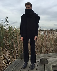 Martijn Maagdenberg - Acne Studios Black Knit Sweater, Balenciaga Black Straight Pants/Trousers, Saint Laurent Black Leather Men Heel Boots, Céline Black Oversized Large Knit Scarf - Untitled #49