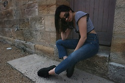 Janette Voski - Roberi And Fraud Sunglasses, I Am Gia Gingham Top, Levi's® Wedgie Jean, Puma Fenty Black - Delinquent.