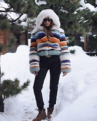 Elisa Taviti - Timberland Boots, Cheap Monday Black Denim Pants, Missoni Stripes Fur Jacket, Gucci Belt, Givenchy Sunglasses - WINTER WONDERLAND