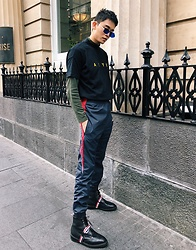 MR.BRIAN SEE - Alyx Logo Tee, Vetements Trackpants, Thom Brown Boots, Acne Studios Shades - Trackpants for days