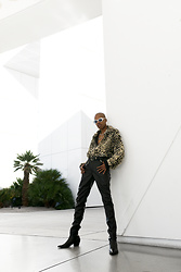 Dominic Grizzelle - Zerouv 90s Shades, Urban Outfitters Faux Fur Jacket, Asos Pointed Boots - Prrrrr