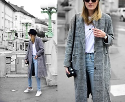 Katarina Vidd - Levi's® Jeans, All On My Blog - Checked coat