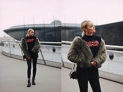 Paulina Dworakowska - H&M Fur, Topshop T Shirt, Stradivarius Shoes - Stranger things