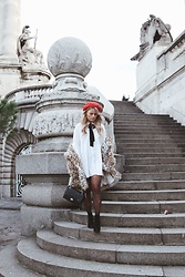 Emmy Nikolausson - Monki Blouse, River Island Boots, Ur&Penn Bag - BY THE STAIRS IN PARIS ~