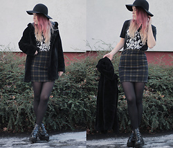 Sofi B. - H&M Black Hat, Band T Shirt Replika T Shirt, New Look Green Tartan Skirt, Black Stocking, Romwe Black Leather Platform Boots - LOOKING FOR YOUR 'OTHER HALF'