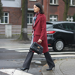 Minimalissmo .. - Vip Shop Burgundy Coat, Lydc London Bag - Burgundy coat