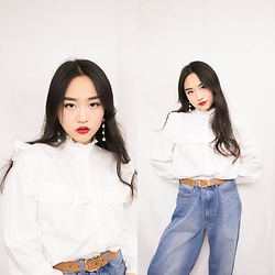 Norah Hu - Uniqlo Women High Rise Wide Fit Jeans, Gap Oversized Ruffle Trim Shirt White - Shirt & Jeans