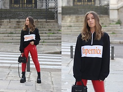Claudia Villanueva - Pull & Bear Sweatshirt, Pull & Bear Pants, H&M Bag, Un Paso Mas Boots - Supernice