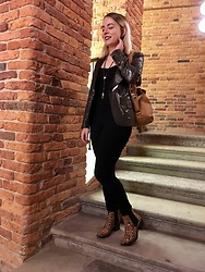 Anastasiia - H&M Leopard Boots, Monki Small Backpack - Dungeon and Leopard