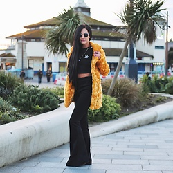 Jessica Revill - Missguided Faux Fur Coat, Prettylittlething Flares Trousers, Adidas Crop Tee - Sunset walks
