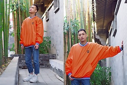 Chris Su - 24 Karats Sweater, Zara Jeans, Nike Sneakers - Hutong