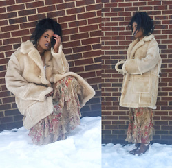 Yasha Aine - Vintage Sherling Coat, Vintage Floral Flounce Maxi Skirt, Steve Madden Brown Leather Wool Boots - We don't speak the same language.