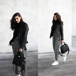 CLAUDIA Holynights - Leather Skin Moto Jacket, Leather Skin Bag, Zara Trousers, Adidas Kicks - Plaid and leather