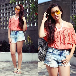 Nde -  - Casual tropical summer. Jeans + Salmon 🌞🌸
