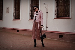 Ewa Macherowska - Zaful Jacket, Only Pants, Second Hand Body, Mango Boots, Zaful Bag, Nn Beret, C&A Sunglasses, Cropp Earrings - How to THINK PINK this winter season?
