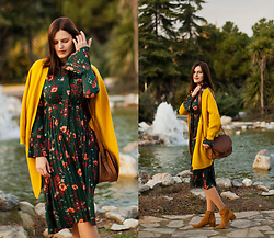 Viktoriya Sener - Vipshop Dress, Vipshop Cardigan - GREEN AND MUSTARD