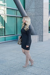 Kimberley Pavao - Thigh High Boots - Sweater Dress
