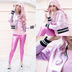 Marina Mavromati - Rosegal Pink Metallic Bomber Jacket, Rosegal Pink Metallic Leggings, Zaful Heart Shaped Sunglasses - -Panic In Metallic-