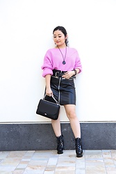Kristen Tanabe - Tobi Pink Ribbed Sweater, Tobi High Waisted Faux Leather Skirt, Alaïa Platform Boots, Chelsea28 Chain Strap Purse - Electric Pink