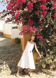 Tiff Lu -  - White dress in Portugal