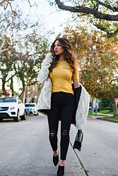 Jessi Malay - Frame Extended Cuff Tee, Karen Kane Shearling Jacket, L'agence Margot Distressed Jeans, Marciano Lydia Mule, Chanel Medium Quilted Boy Bag - Winter's Must-Have Color