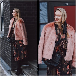 Madara L - Lovelywholesale Pink Faux Fur Jacket, Shein Floral Print Midi Length Dress - Romantic winter outfit