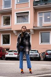 Swantje Sömmer | OffwhiteSwan - All Items On My Blog, Balenciaga Heels - Checkes Jacket, Denim & Balenciaga Knife Boots