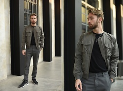 Ovidijus Maslovas - Weekday Bomber Jacket, Weekday Pants, Nike Shoes - That one day in Milan