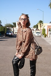 Diana Fontes - Pepejeans Animal Print Dress, Zara Overknee Boots, Tommy Hilfiger Petite Bag, Stradivarius Glasses - Spotted