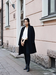 Mirella T. - Zara Coat, Selected Femme Blouse, Zara Jeans, Vagabond Boots, Gina Tricot Earrings, Marc By Jacobs Watch - Black&White