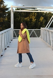 Claudia Villanueva - Bershka Scarf, Zaful Coat, Zara Jeans, Buffalo Shoes - Camel & Yellow