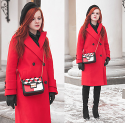 Anya Dryagina - Metisu Red Double Breasted Wool Coat With Pockets, Metisu Black Geometric Printed Cross Body Bag - Bright and romantic