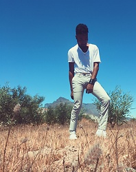 Kevin Kels - Zara Linen Pants, Topshop Scoop Neck T Shirt, Converse All Stars - Wilderness White