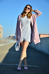 Elisabeth Green - Fashionmia Coat, Gamiss Dress - Pink and Grey