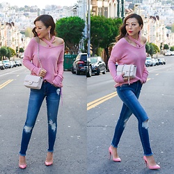 Sasa Zoe - Sweater, Jeans, Earrings, Bag, Heels - CRISS CROSS
