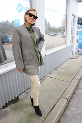 Anna Borisovna - Céline Sunglasses, Mango Shirt, Mango Blazer, Mango Leggings, Mango Shoes - All in Mango
